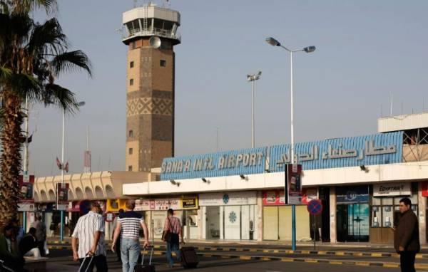 وفد سعودي عماني يغادر صنعاء بعد زيارة استمرت ساعات