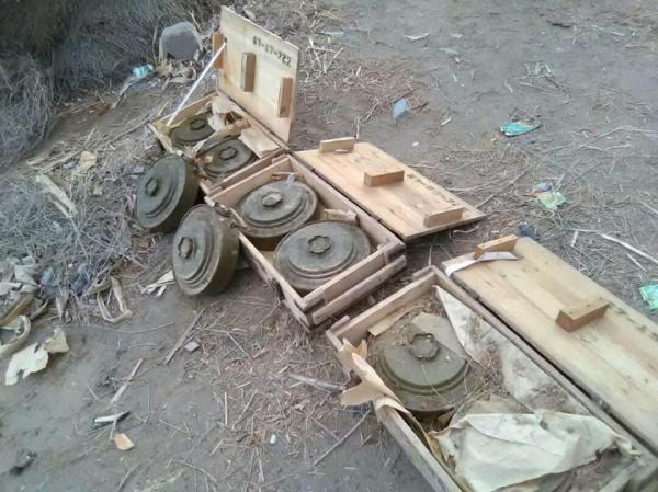 إبطال عبوة ناسفة وانفجار أخرى زرعهما الحوثيون جنوب الحديدة