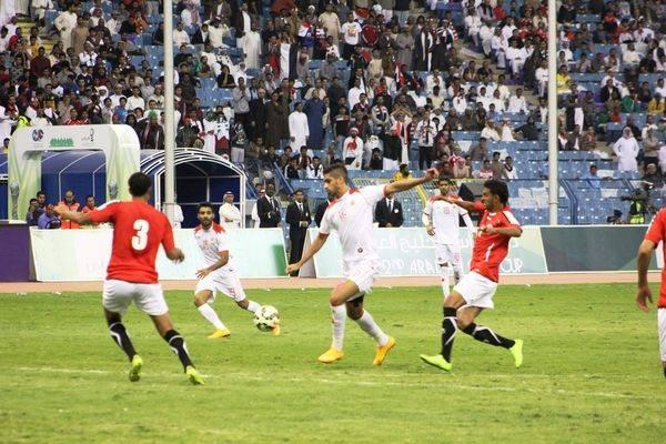 منتخب اليمن وجمهوره الأجمل في أول أيام خليجي 22 والمدرب يعد بأداء قوي أمام قطر