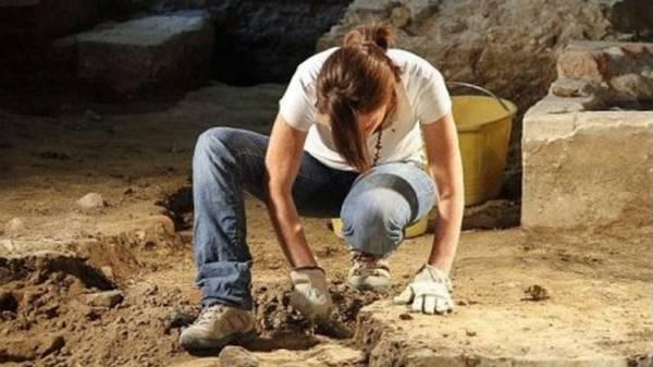 إكتشاف مقبرة أطفال قديمة في ألاسكا