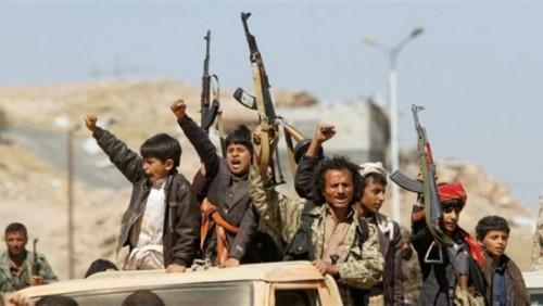 الحوثيون يداهمون قرية جنوب ذمار ويختطفون شخصين من مجلس عزاء