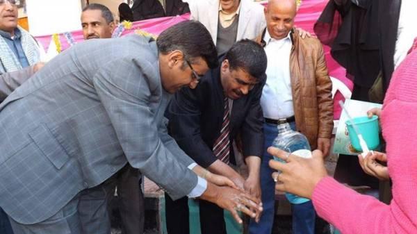 الهلال الأحمر يحتفل باليوم العالمي لغسل اليدين بمدارس الأمانة
