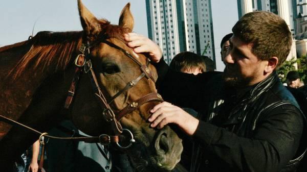 الغاء عقوبات كانت مفروضة على حصان رئيس الشيشان