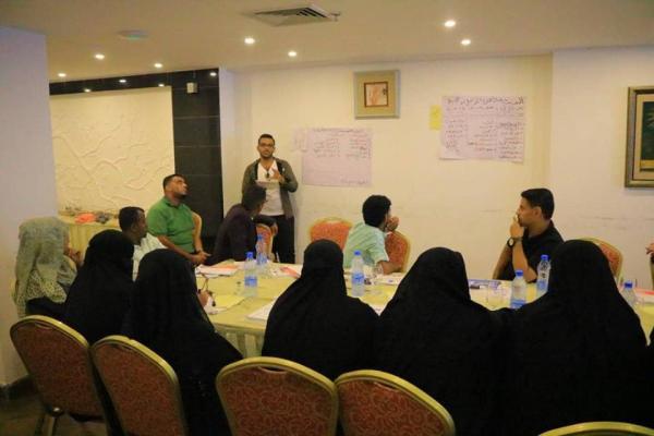 بدعم من &#34الهلال&#34.. انطلاق مبادرة (نحب التعليم) في مدارس ومراكز الطفولة بخور مكسر