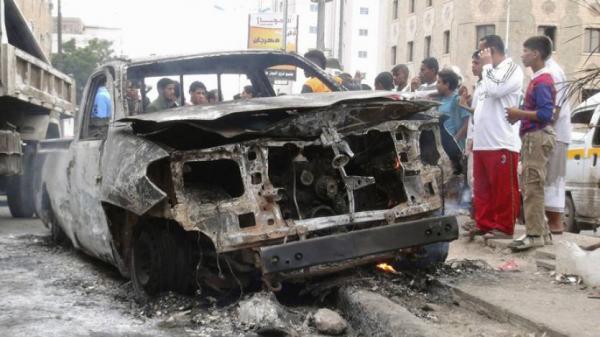 4 قتلى بانفجار سيارة مفخخة بعدن