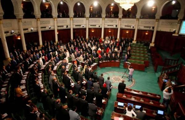 توقيف تونسي انتحل صفة نائب في البرلمان وأدى اليمين مكانه