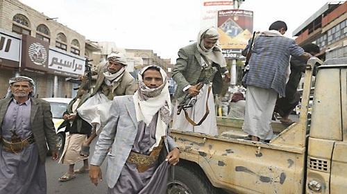 الحوثيون مستمرون في نهب وبيع المساعدات الإغاثية الأممية