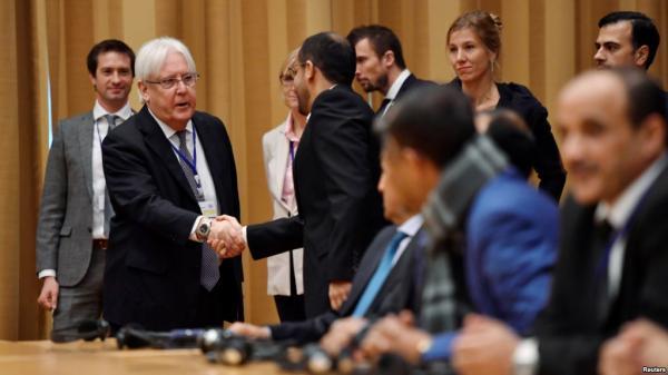 وزير الإعلام يدعو مكتب المبعوث الأممي سرعة تدارك خطأ يظهر انحيازاً للحوثيين