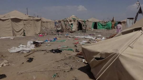 استشهاد وإصابة تسعة مواطنين بقصف حوثي استهدف منزلاً في حي الربصة بالحديدة