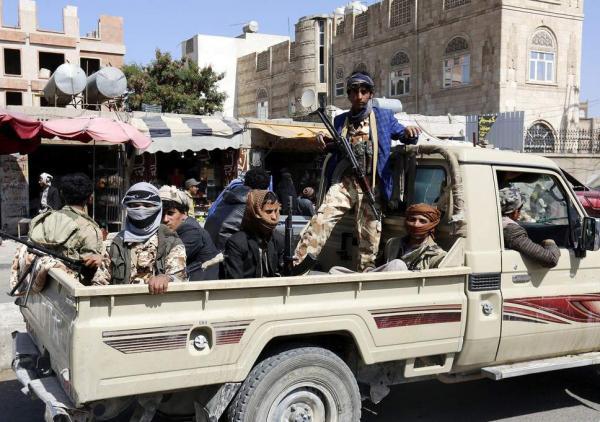 الحوثيون يقتلون مواطناً ويختطفون آخر في يريم إب