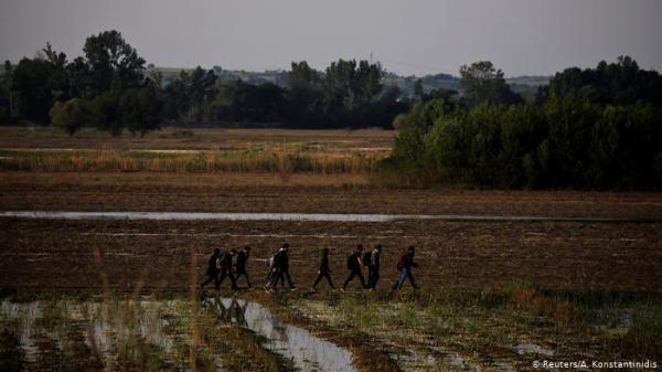 ماذا يحدث على الحدود اليونانية التركية وأي مخاطر تهدد المهاجرين؟