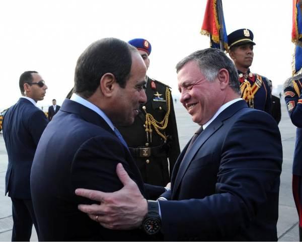 السيسي يبحث مع ملك الأردن تطورات الأوضاع في المنطقة