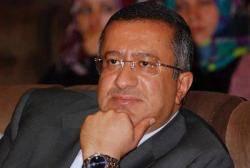 بعد رفض الرئيس هادي قراراته في مكتب الرئاسة