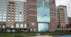 السفارة الأميركية تستحوذ على فندق &#34شيراتون&#34 بدعم كويتي