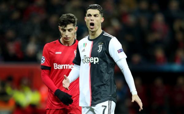 بعد احتمالية المواجهة في ثمن النهائي.. رونالدو يتحدى ريال مدريد على طريقته الخاصة