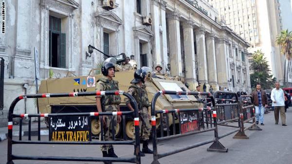 مصر.. اصابة شرطيين في هجوم على نقطة بالاسكندرية