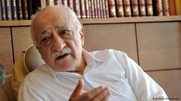 """تركيا.. أوامر بإيقاف خصم أردوغان """"فتح الله كولن"""""""