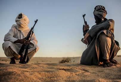 انصار بيت المقدس تبث شريط اعدام شخصين في سيناء طردا لهزائمها
