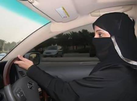 محاكمة ناشطتين حقوقيتين سعوديتين بتهمة قيادة سيارة