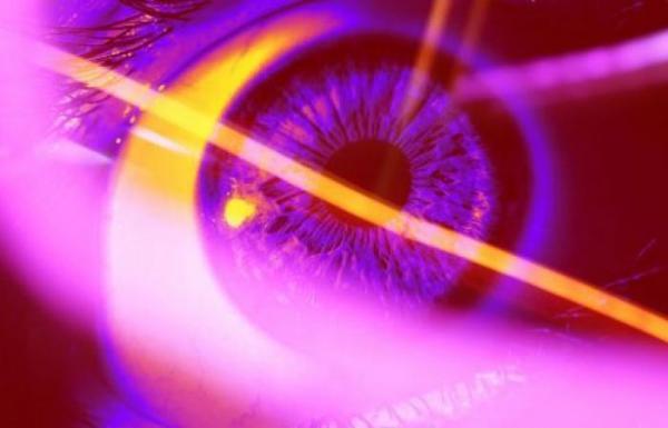 شركة ناشئة تطور جهازًا لكشف الكذب من العينين