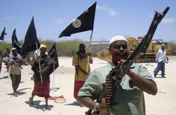 حوار| منشق عن &#34الشباب&#34 الصومالية: كثير من المقاتلين يتدربون في اليمن وأغنياء عــرب يمولـون الحـركة