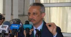 محافظ تعز يهدد بالاستقالة بعد تدخل وزير الكهرباء بمهاهمه