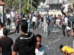سقوط عشرات المصابين في اشتباكات بين الأهالي والإخوان في الاسكندرية