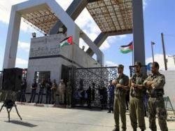 مصر تعاود فتح معبر &#34رفح&#34 الحدودي للحالات الإنسانية