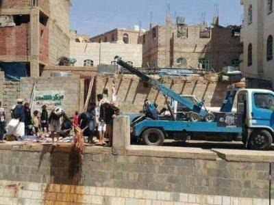 صورة أثارت ناشطين على فيسبوك: &#34الشرطة في خدمة الجزار&#34!
