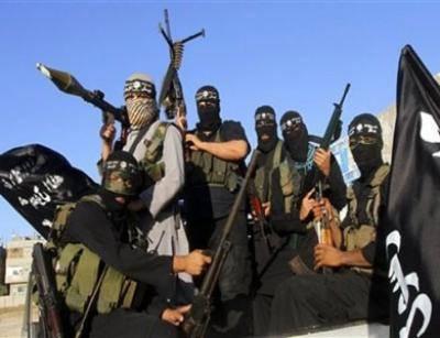 القاعدة يقطع رأس مقاتل مناهض للأسد بالخطأ لاعتقادها أنه شيعي