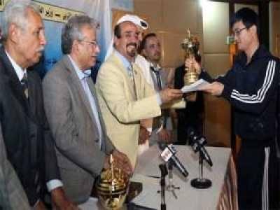 وزارة الشباب واتحاد الشركات يكرمون نجوم دورة العاب أصدقاء اليمن لموظفي السفارات