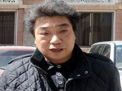 ضبط صيني متهم بنصب 120 الف $ على رجل أعمال يمني