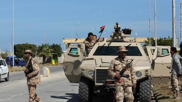 مقتل 24 شخصاً وإصابة 150 آخرين في اشتباكات عنيفة شرقي ليبيا