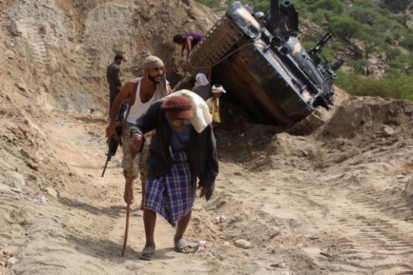 القوات الحكومية تحرر منطقة الهشم ومواقع استراتيجية في مديرية ماوية بتعز