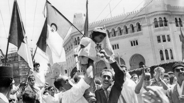 كاتب السيناريو الفرنسي عبد الرؤوف ظافري يفتح ملف &#34حرب الجزائر&#34 في أول فيلم يخرجه