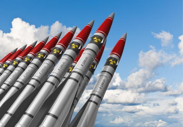 تقرير دولي: روسيا وأمريكا تملكان 90% من الرؤوس النووية في العالم