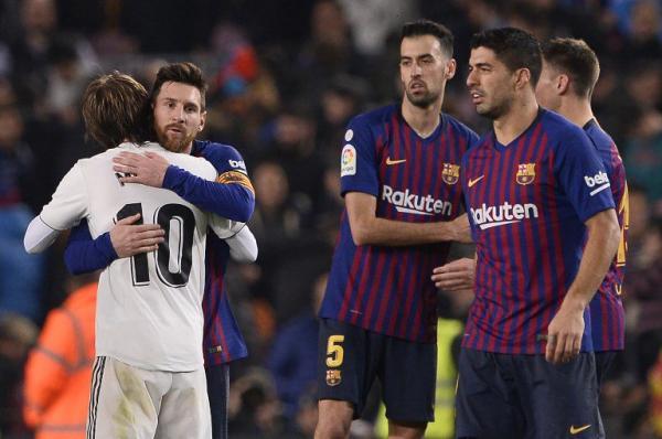 مالكوم ينقذ برشلونة بتعادل مع ريال مدريد في كأس ملك إسبانيا