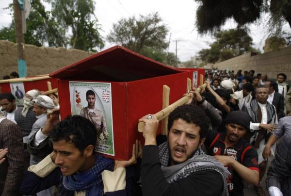 في حال أراد الحوثيون إنهاء الصراع جراء تزايد نكساتهم المتتالية هل ستسمح لهم إيران بالتفاوض بحسن نية؟