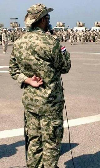 ظهور للعميد طارق صالح في أحد المعسكرات