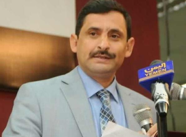 برلماني يكشف عن صفقات فساد حكومة صنعاء بعشرات الملايين من الدولارات