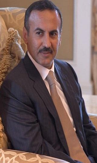 السفير أحمد علي يُعزي بوفاة الشيخ دويد