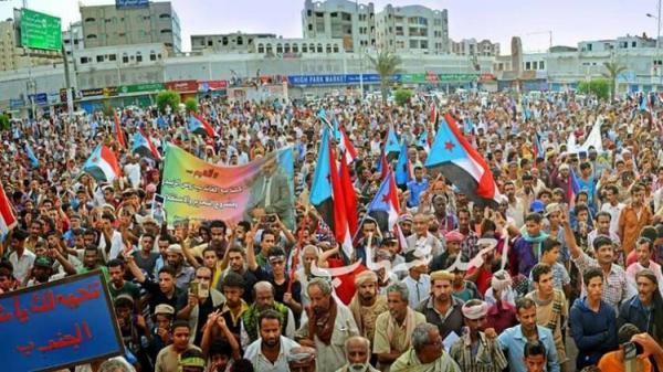 تمخض الحراك فولد فأراً.. رعاة تقسيم اليمن يضعون آخر أوراقهم في المحرقة