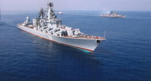 تبلغه ظهر الأحد.. هل تصطدم السفينة الإيرانية بالبارجات السعودية في خليج عدن؟