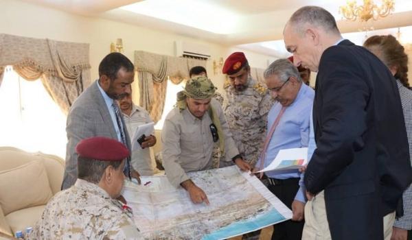 العميد صادق دويد: الأولى بالأمم المتحدة تحريك المسائل الإنسانية &#34المهملة&#34 وليس الإصرار على إنقاذ الحوثيين بالحديدة
