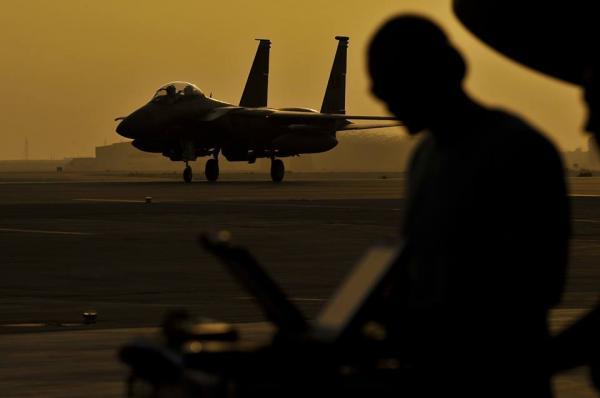 تقرير استخباراتي أمريكي: يستخدم الطيارون السعوديون سيئي التدريب أسلحة ذات تكنولوجيا فائقة ضد المدنيين اليمنيين