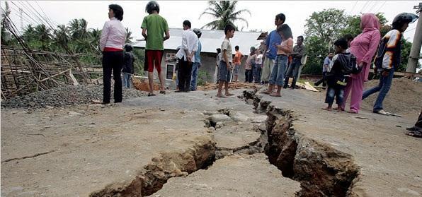 زلزال شدته 6.6 درجة يضرب منطقة شرقي إندونيسيا