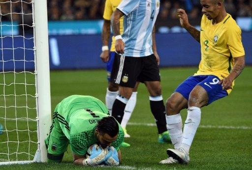 فوز الارجنتين على البرازيل في اول مباراة رسمية لسامباولي