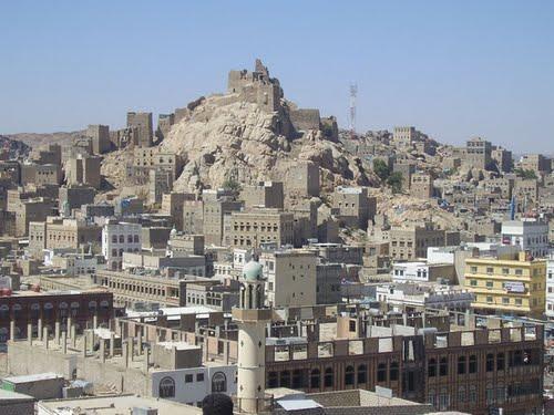 مقتل طفل وإصابة آخر برصاص قناص حوثي في البيضاء