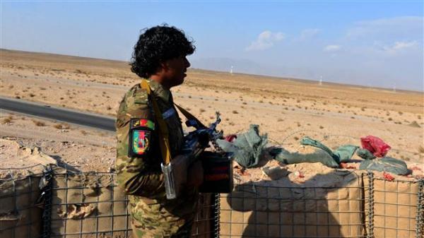طالبان تقتل 30 جنديا أفغانيا وتستولي على قاعدة عسكرية عقب هدنة عيد الفطر
