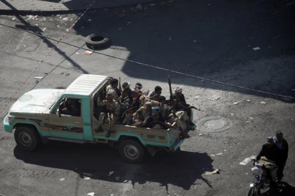 الحوثيون يكافحون الاستراحات والكافيهات بصنعاء لتسببها في &#34تأخير نصرهم&#34